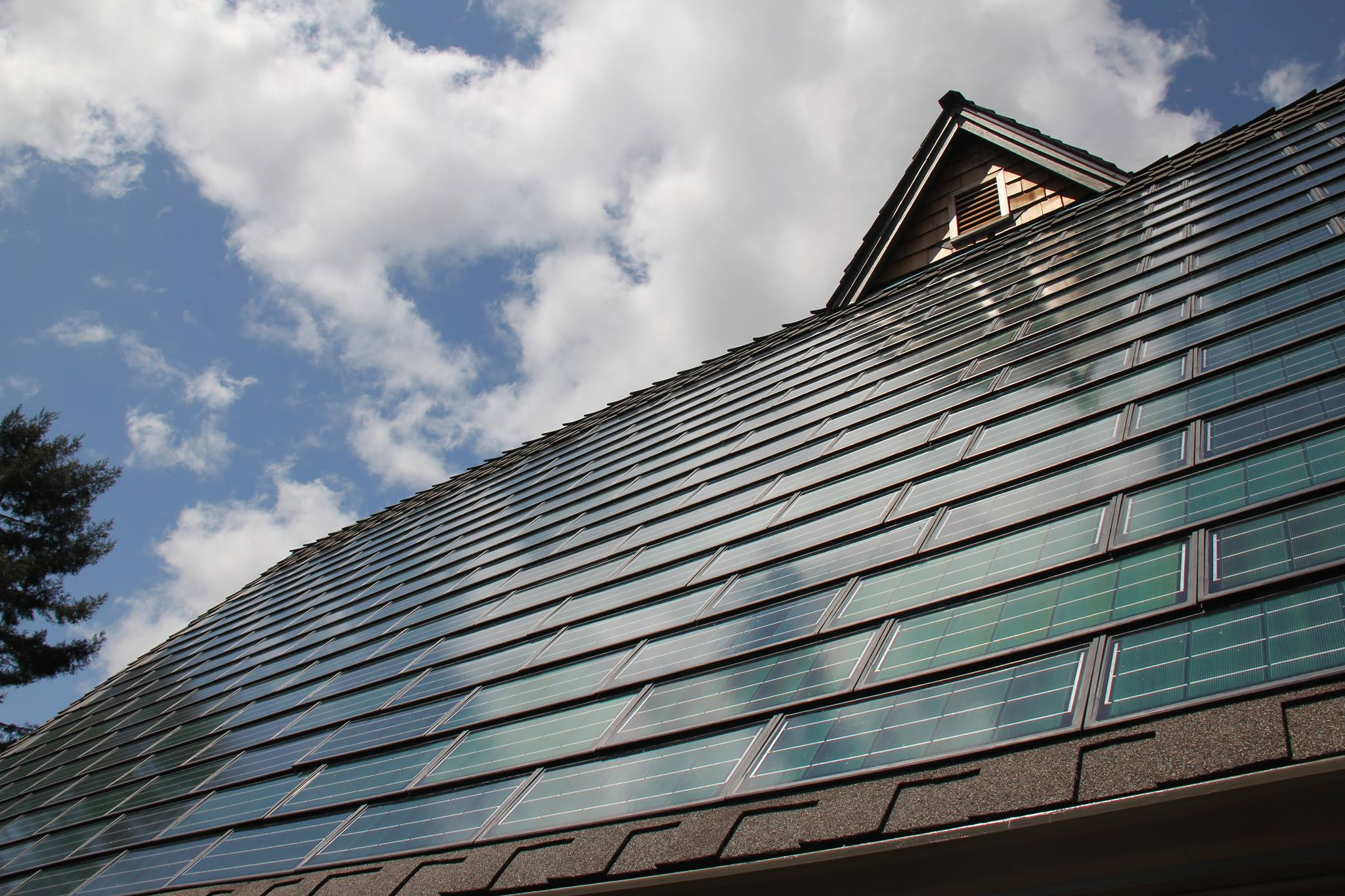 Solar Shingles And Solar Roofing Renewable Energy Right